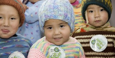 Knit Up A Storm This Winter And Help Others At The Same Time